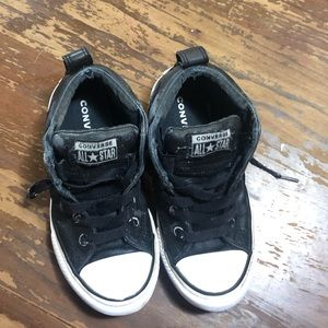 Boys black leather converse size 1